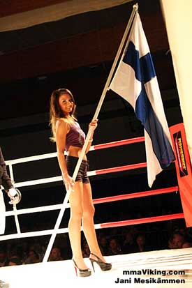 Turku_Ring_Girl