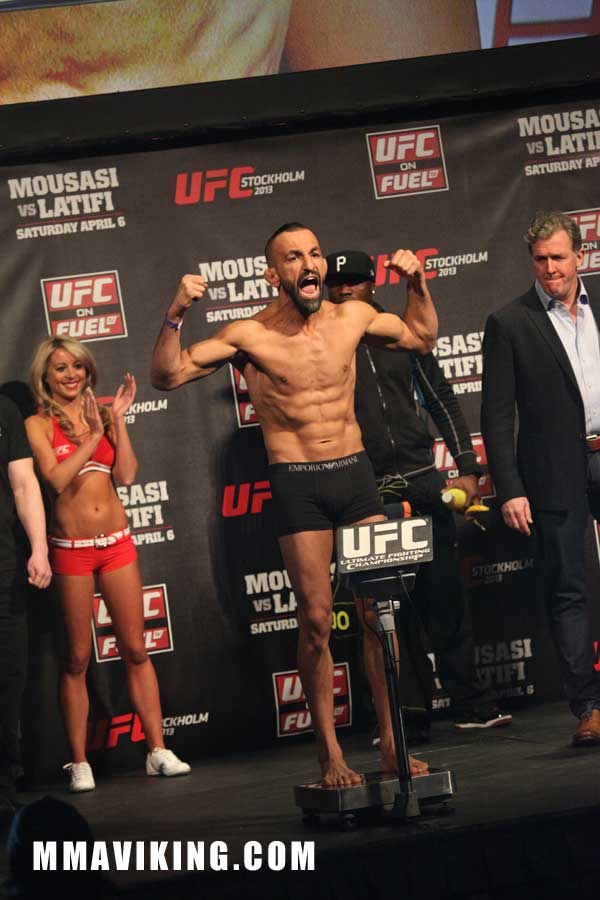 Reza__weigh_in_UFC