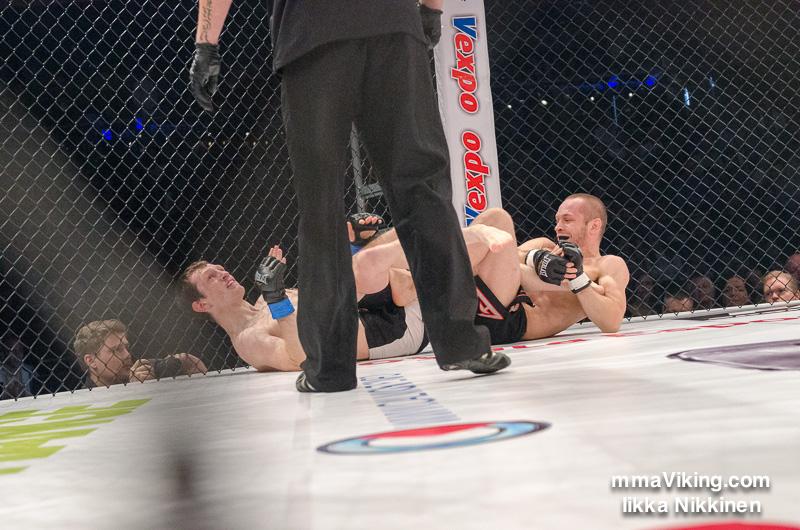Timo-Juhani Hirvikangas vs. Artemij Sitenkov