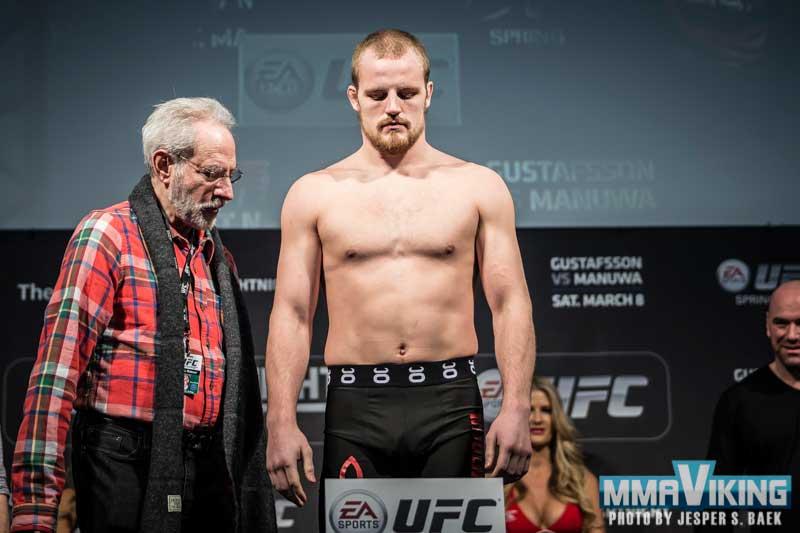 UFC_SB_6586