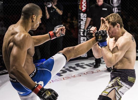 Cageside Photos : Max Nunes vs Patrick Vallee at SC 11