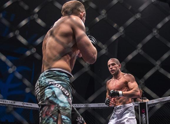 Cageside photos: Anton Kuivanen vs. Sergej Grecicho