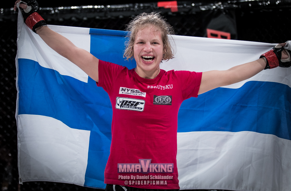Minna Grusander at Invicta FC 28
