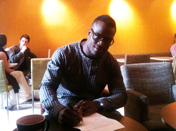 Papy Abedi Signing His UFC Contract