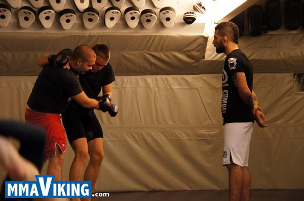 Akira_Corassani_Coaching
