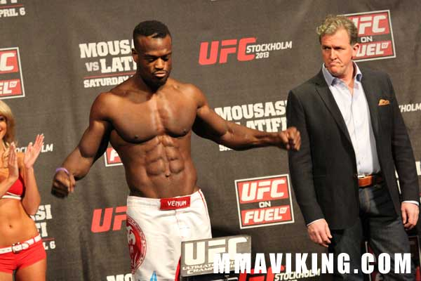 Papy_weigh_in_UFC