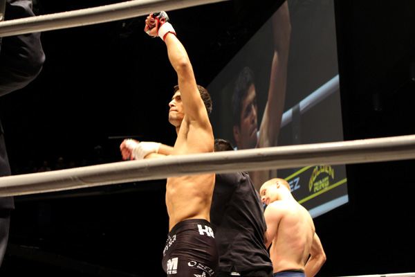 Fernando Gonzalez from Allstars victorious with a guillotine against Kristoffer Källgren.