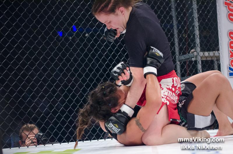 Stephanie Page vs. Tina Lähdemäki