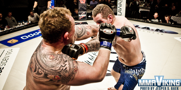 Colombo Lands Jab on Schmiedeberg at European MMA 5