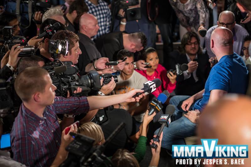 Media Scrum UFC 165