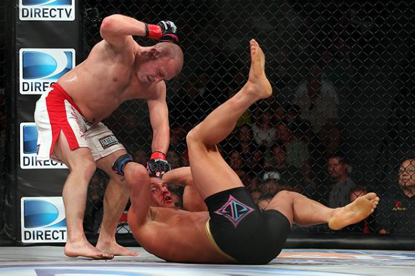 Parlo Uses His Power and Speed to Beatup Butcher (Photo by Sherdog.com)