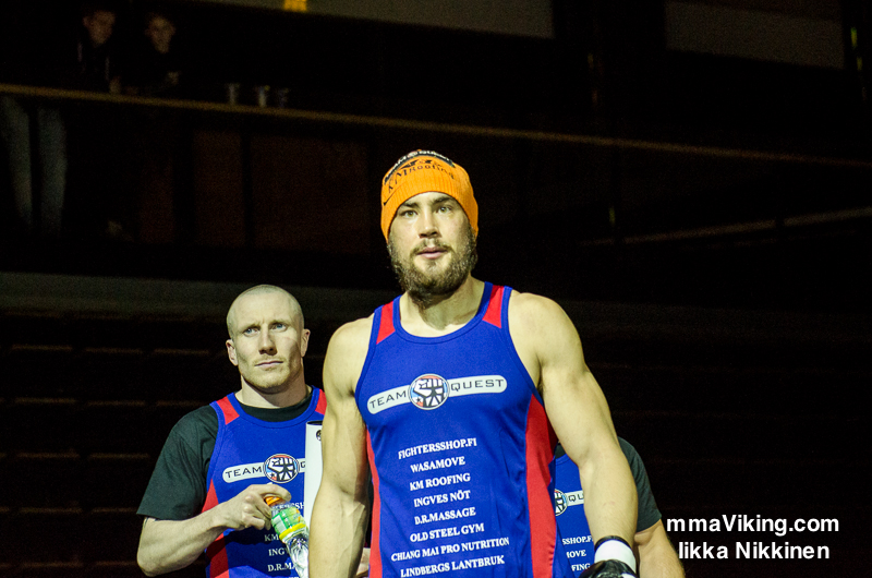 Sparv Wins at Cage 25