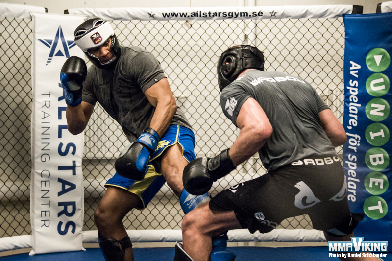 Nunes Sparring with Gustafsson