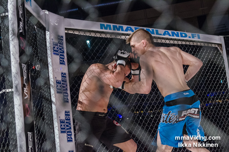 Vainikainen took home a stone cold KO win from Cage 25
