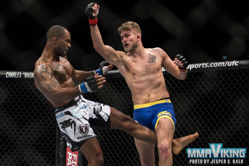 Gustafsson Dominates to Solidify His Title Shot