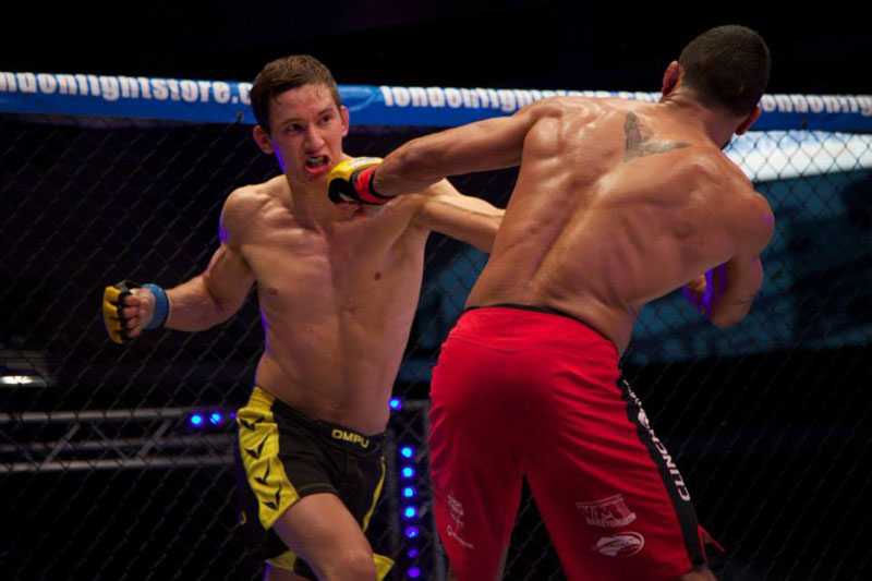 Svensson Fighting for the Cage Warriors Title (Photo by Dolly Clew)