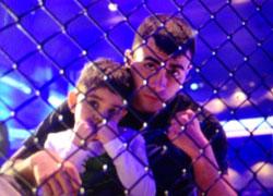 Amirkhani With Son at Warmups (Photo by Iikka)