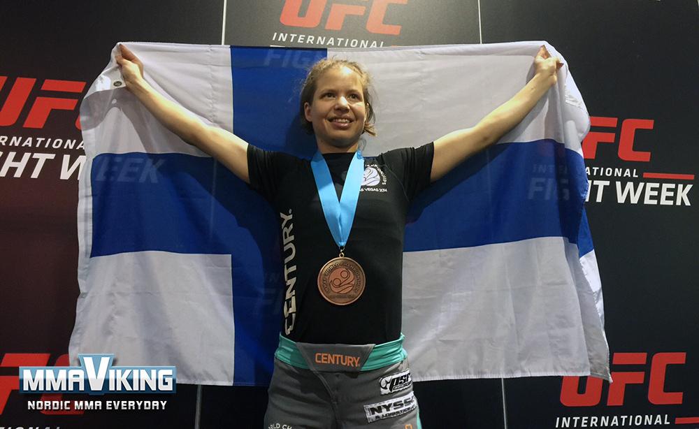 Minna_World_Champion