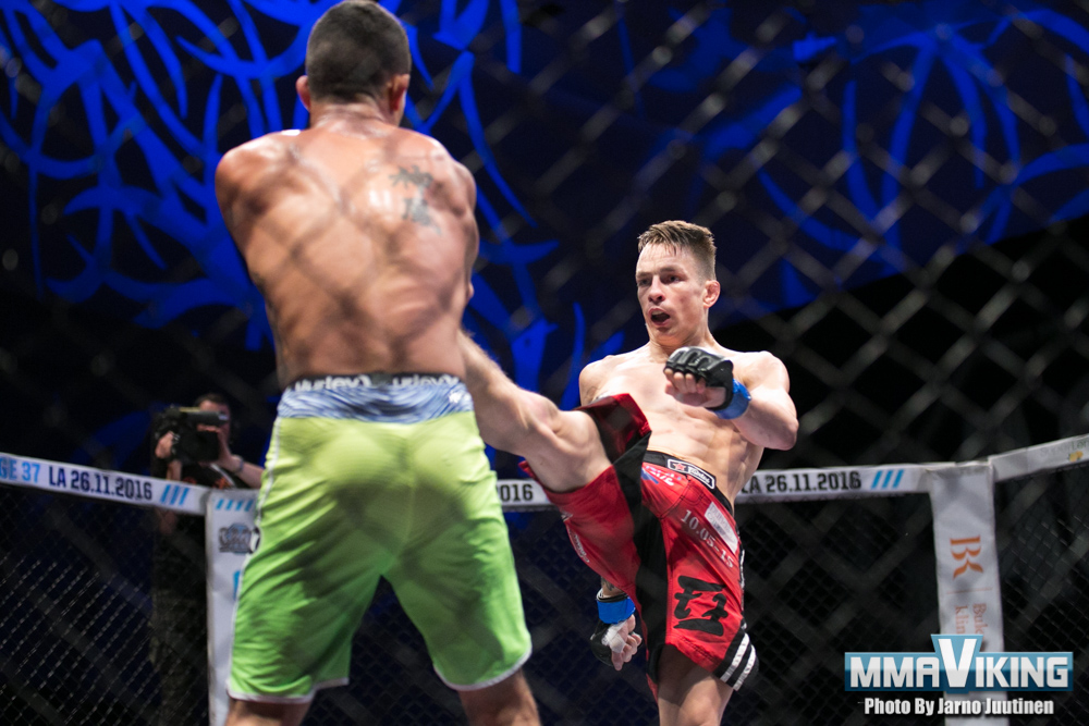Joni_Salovaara_vs_Rafael_Domingos_0321
